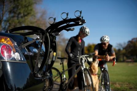 buyersguide_bones_three bike_lifestyle